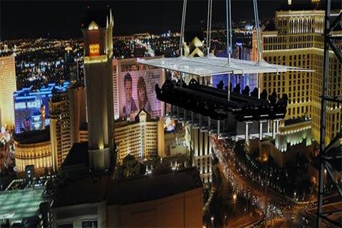 Thưởng thức bữa tối giữa trời Las Vegas