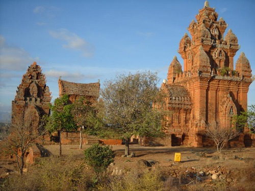 Khám phá Ninh Thuận đậm chất văn hóa Chăm