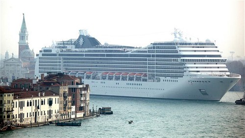Venice và hiểm họa bị nhấn chìm từ tàu du lịch
