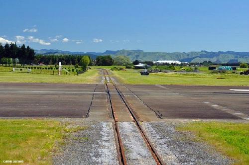 Sân bay giao đường sắt ở New Zealand