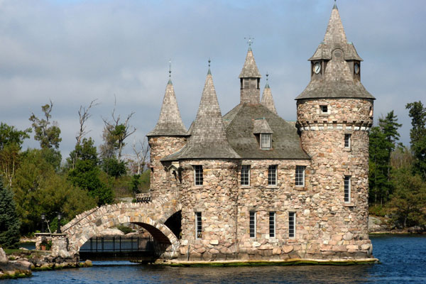 Thảm kịch trong những 'lâu đài tình ái' nổi tiếng thế giới