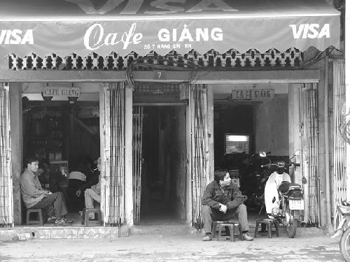 Cà phê Hà Nội chiều thu