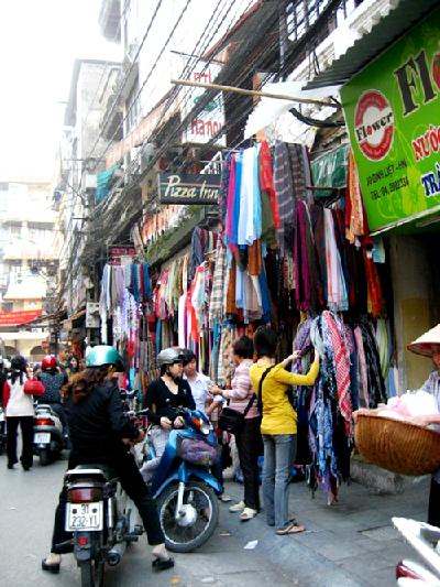 Đinh Liệt, phố khăn quàng cho mùa đông Hà Nội