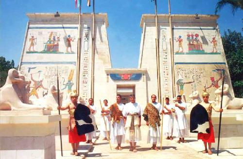 Làng Pharaonic tái hiện lịch sử Ai Cập