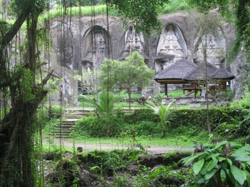 Bali, hòn đảo của những đền đài và lễ hội