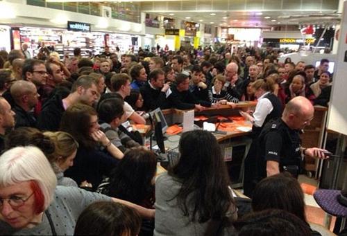 Sân bay Gatwick dùng tiền xoa dịu khách hàng