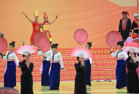 Lễ hội tôn vinh văn hóa dân tộc