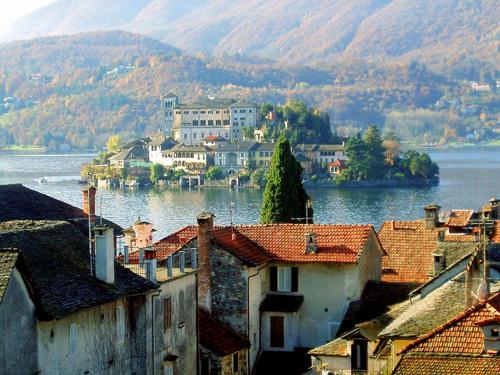 Ngũ hồ đẹp nhất trời Âu