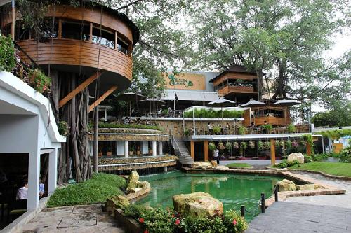 Những quán cà phê lãng mạn cho ngày 8/3 ở Sài Gòn