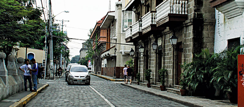 Thành trì châu Âu giữa lòng Manila