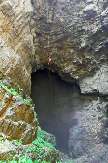 Phát hiện thêm 39 hang động tại Phong Nha - Kẻ Bàng