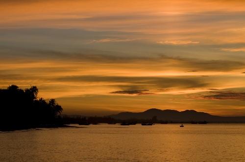 Biển Lagi mới lạ ở Bình Thuận