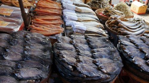 Chợ Campuchia giữa lòng Sài Gòn