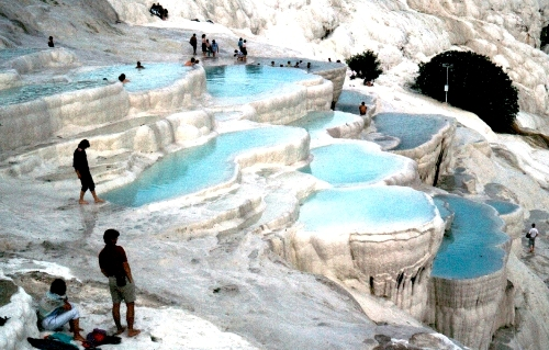 Hồ bơi bậc thang tại Thổ Nhĩ Kỳ
