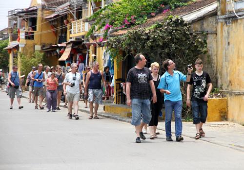 Ngành du lịch tìm hướng khi thị trường sụt giảm