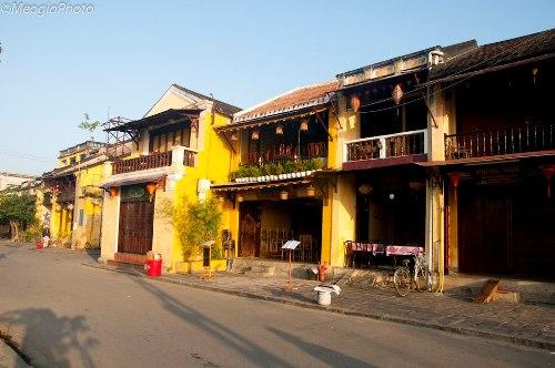 Thong dong cà phê phố cổ Hội An