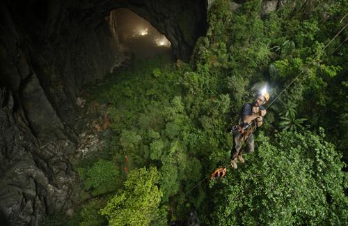 Hang Sơn Đoòng được xếp ngang đỉnh Everest về độ hấp dẫn