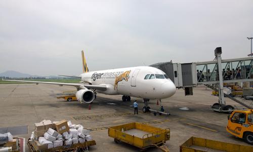 Khách hủy tour nước ngoài vì sợ đi máy bay