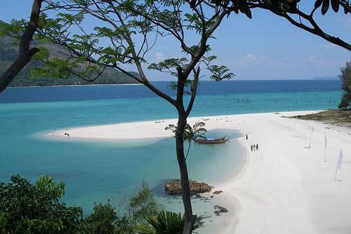 Mũi Né vào top biển đẹp nhất Đông Nam Á