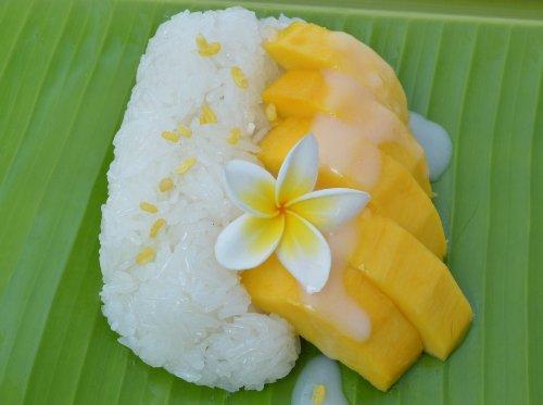 Những món ăn đường phố Thái Lan nổi tiếng ở Sài Gòn