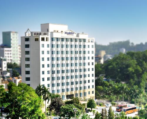 Khách sạn StarCity Hạ Long được công nhận 4 sao