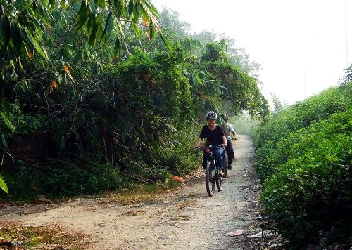 Một ngày đạp xe thăm làng cổ giữa thủ đô