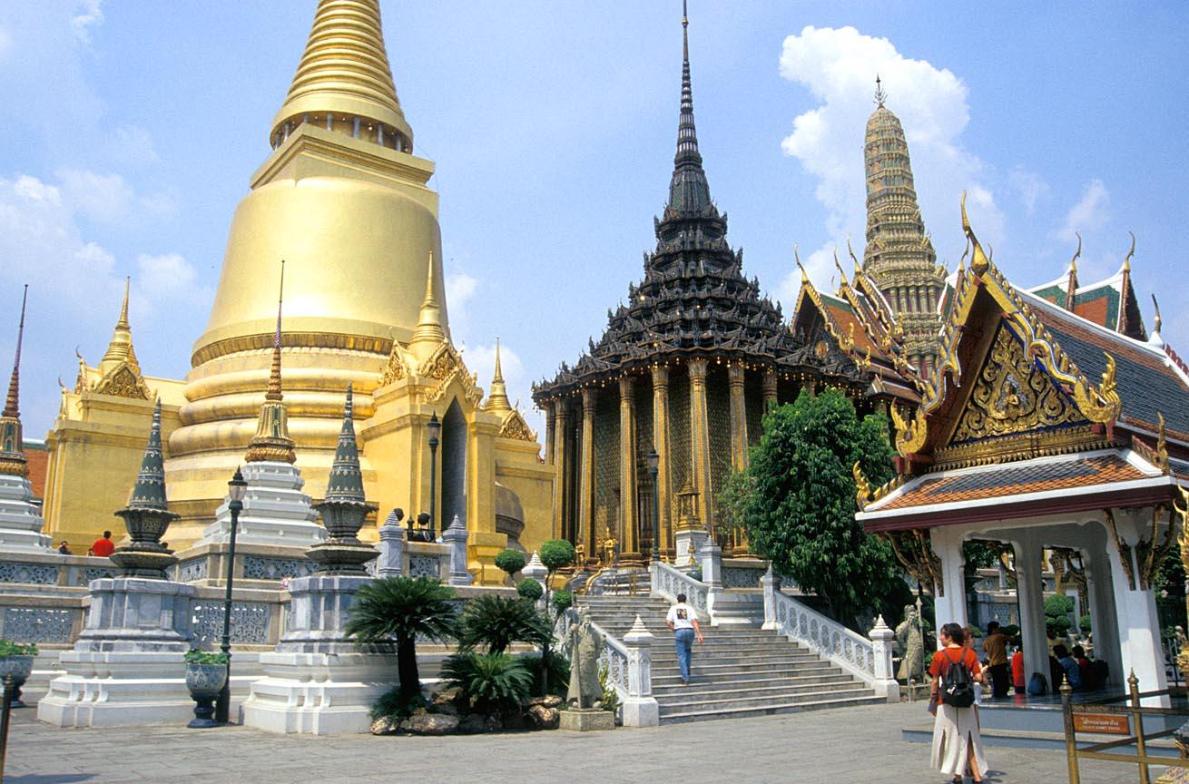 Nhập cảnh Thái Lan phải xin visa, du khách Việt phải làm gì?