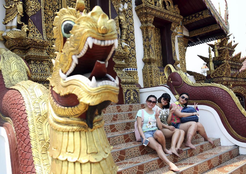 Vì sao khách TQ đến Thái Lan vẫn được miễn phí thị thực visa?