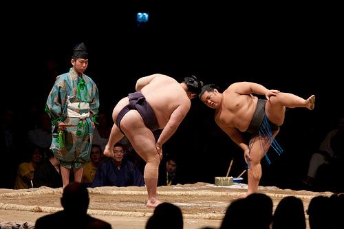 Sumo - môn võ có nguồn gốc từ tôn giáo