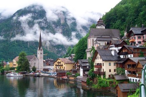 Du lịch Áo tính kế hút khách Việt Nam