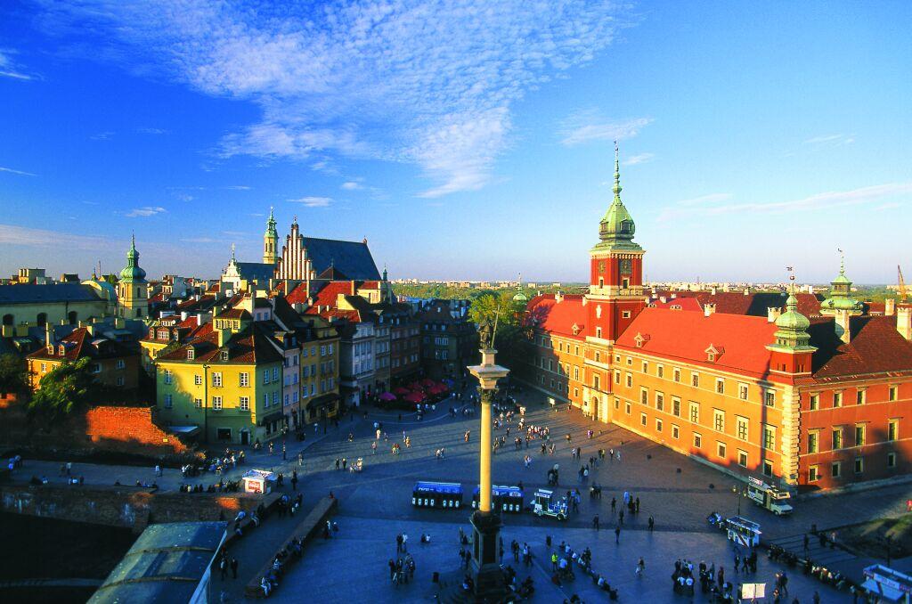 Khám phá châu Âu cổ kính và hiện đại