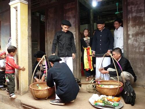 Lễ cưới độc đáo của người Cao Lan ở Bắc Giang