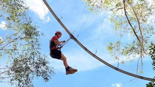 Australia mở đường dây đu Zipline dài nhất thế giới