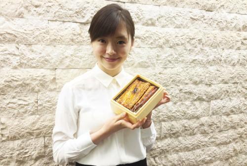 Dịch vụ 'nhờ' người mẫu giao cơm hộp ở Nhật Bản