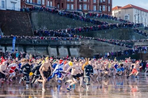 Boxing Day Dip, sự kiện 'điên rồ' nhất của người Anh