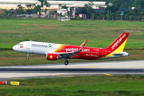 Vietjet chở khách bằng máy bay A320 đời mới nhất