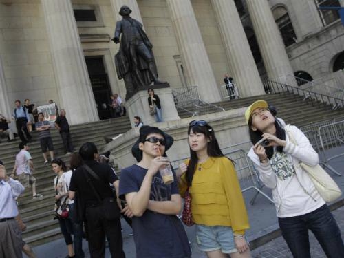 Du khách Trung Quốc ồ ạt sang Mỹ sau đổi mới visa