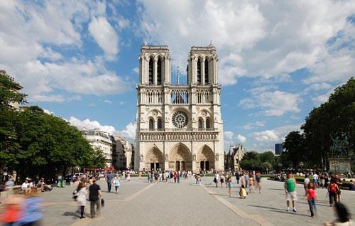 Paris quyết tâm lấy lại hình ảnh yên bình để hút du khách