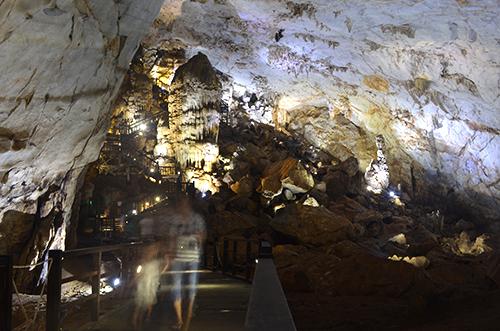 Quảng Bình tăng giá vé tham quan hang động
