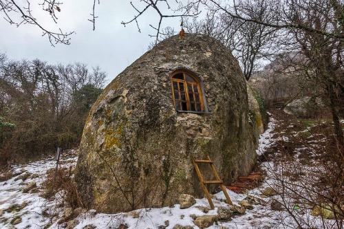 Eski Kermen, thị trấn hang động kỳ lạ ở bán đảo Crimea