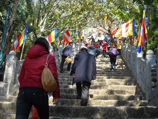 Hành hương về Yên Tử