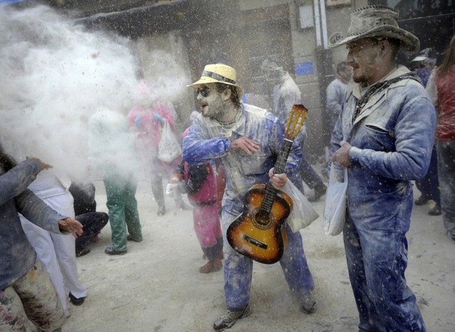 Lễ hội tẩy uế mừng năm mới ở xứ bò tót