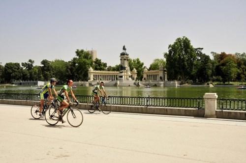 Lịch ăn chơi hoàn hảo trong 1 ngày ở thủ đô của Tây Ban Nha