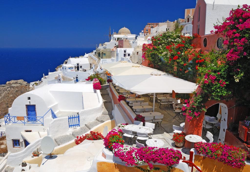 Chạm đến thiên đường Santorini