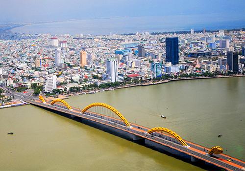 Đà Nẵng khai trương tour ngắm thành phố từ trực thăng