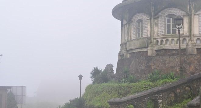 Huyền bí Mẫu Sơn giữa đại ngàn gió và lâu đài cổ