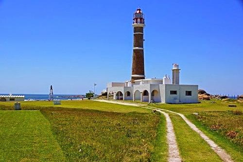 Ngôi làng không điện, nước nổi tiếng ở Uruguay