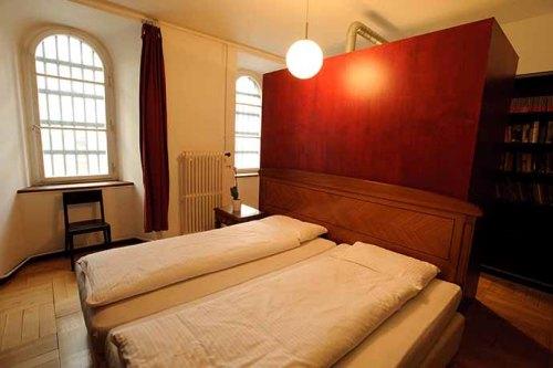 Những khách sạn từng là nhà tù