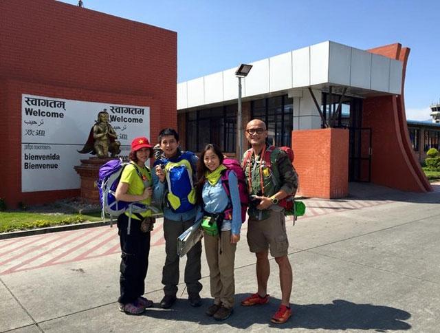 Xúc động tâm sự của đoàn leo núi người Việt trở về từ Nepal