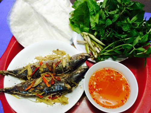 Cá nục hấp - món ngon biển Đà Nẵng